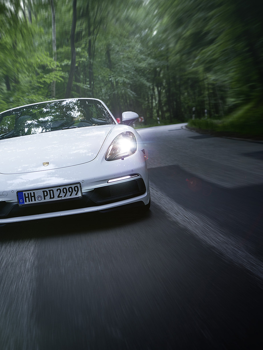 boxster_fullfront_dyn_hf