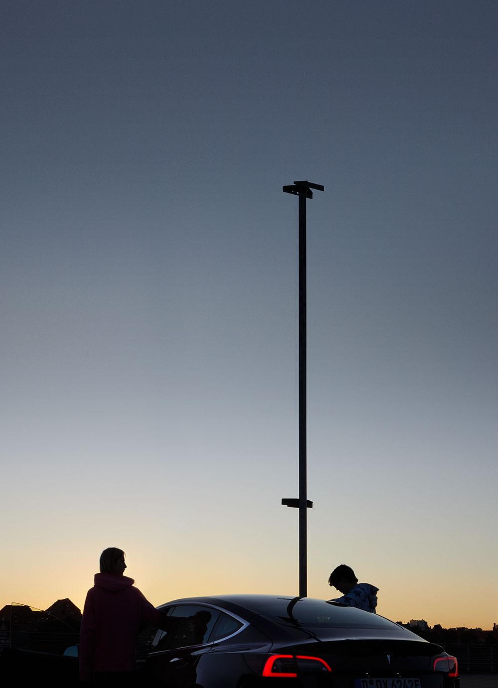 tesla_sunset_silhouettes