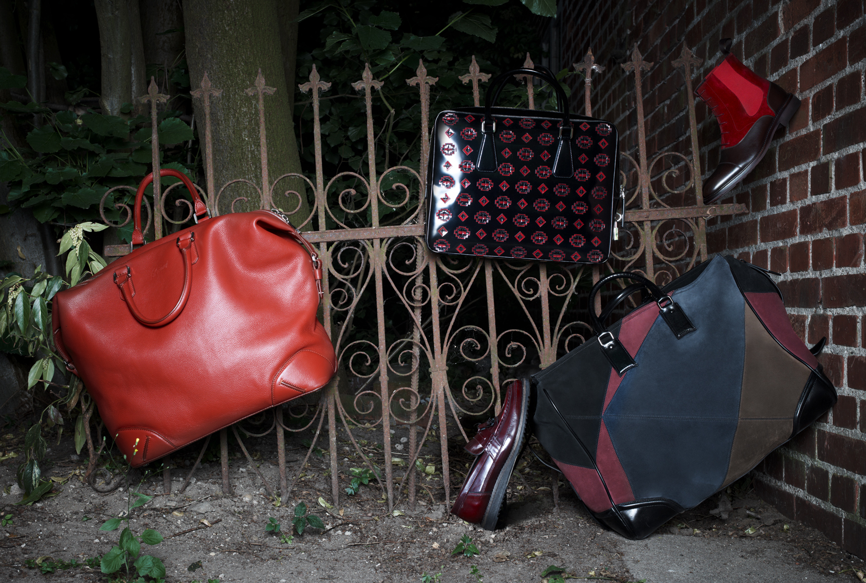 mh_leathercolors_red